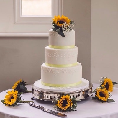 Whites Cake House