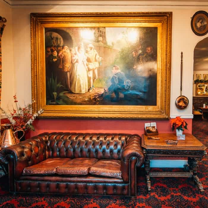 Bedford Hotel salon
