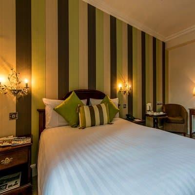 The Bedford Hotel bedroom
